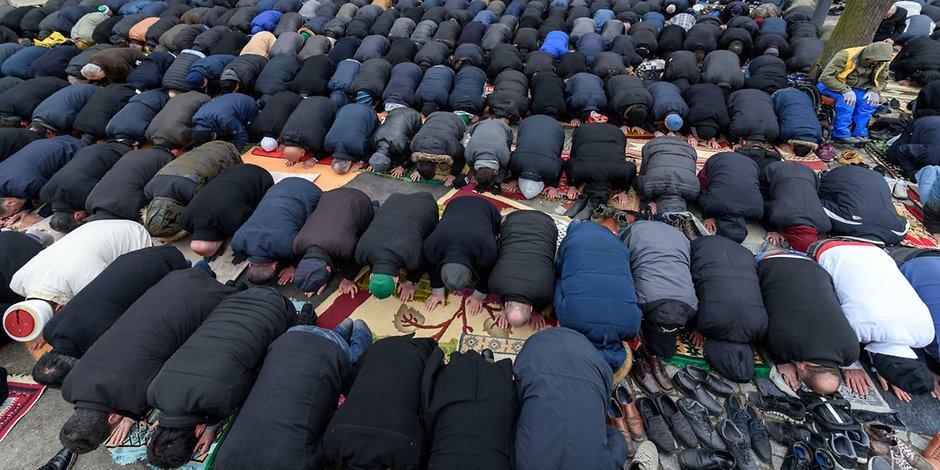 Истражување на Бертелсман: Повеќе од 50 отсто од Германците гледаат закана во исламот