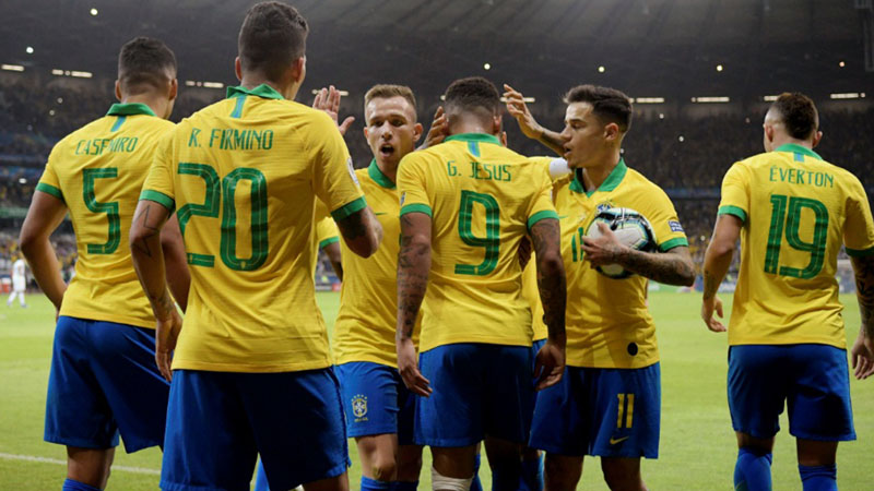 Тите со уникатно постигнување: Без Нејмар го прекина 17 годишниот пост на Бразил