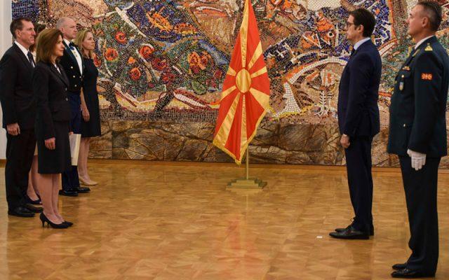 Бернс му ги предаде акредитивите на Пендаровски: Со нетрпение очекувам да ве видам во НАТО