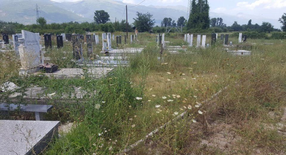 ЖИВОТ И СМРТ ВО ТЕТОВО: За починатите нема место ни за покој на православните гробишта