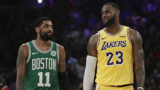 """НБА: Леброн си остана на зборот – му ја даде """"23"""" на Ентони Дејвис"""
