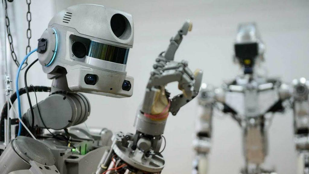 Рoскосмос: Хуманоиден робот ФЕДОР заминува во вселената