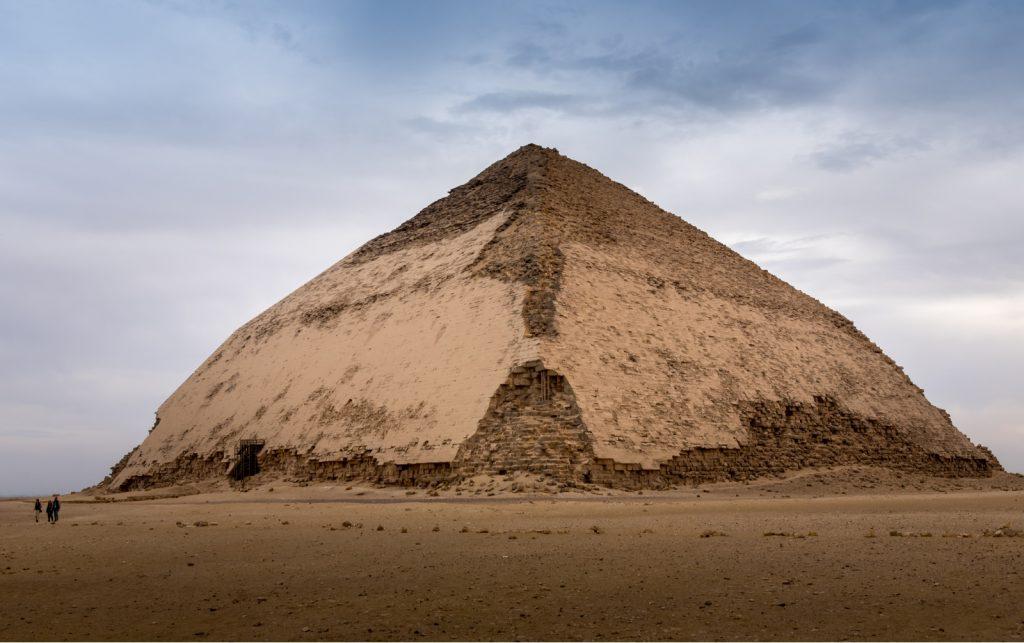Египет: Кај Каиро се отвораат две најстари пирамиди за посетителите