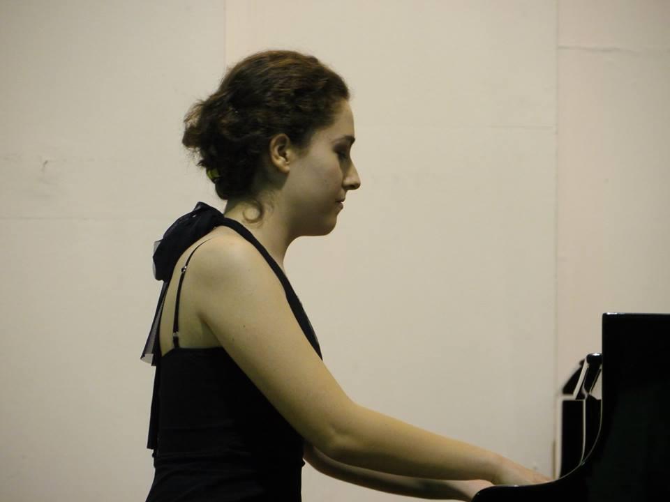 Гран при награда за македонската пијанистка Ана Гаштаровска