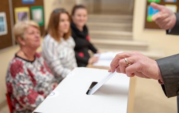 Предвремените парламентарни избори ќе ја чинат Австрија и општините околу 20 милиони евра