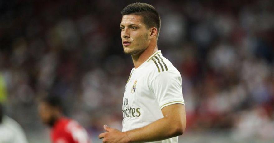 Газета дело спорт: Милан го бара Јовиќ од Реал