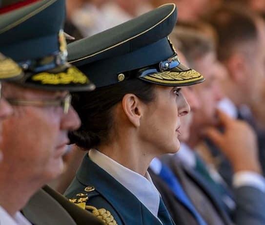 ШЕЌЕРИНСКА ПРОМОВИРА: Полковник Билјана Блажевска нов аѓутант на Стево Пендаровски