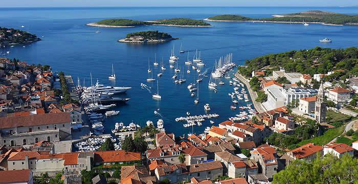 Туризам: Во Хрватска работат 2.791 лица од Македонија, 5.982 од Србија, а од БиХ 6.262