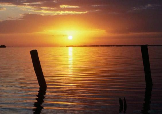 Астрономски календар: Денеска изгрев во 5:25 часот, а зајдисонце во 19:54