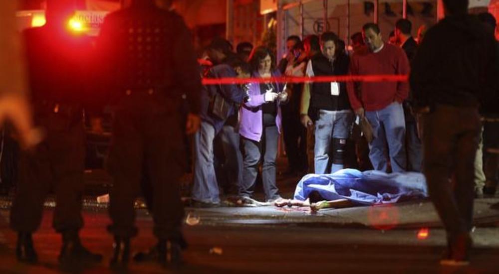 Масакр во Мексико: Убиени 23 лица во напад на ноќен клуб