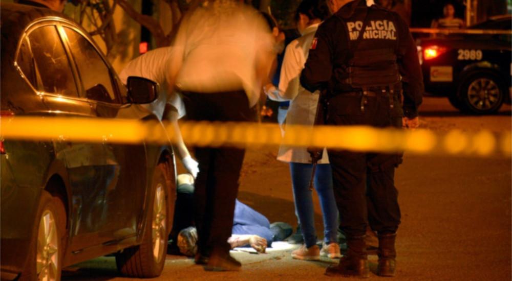 Мексико: Убиени се 8 и ранети 3 лица во сала за билијард во Ирапуато