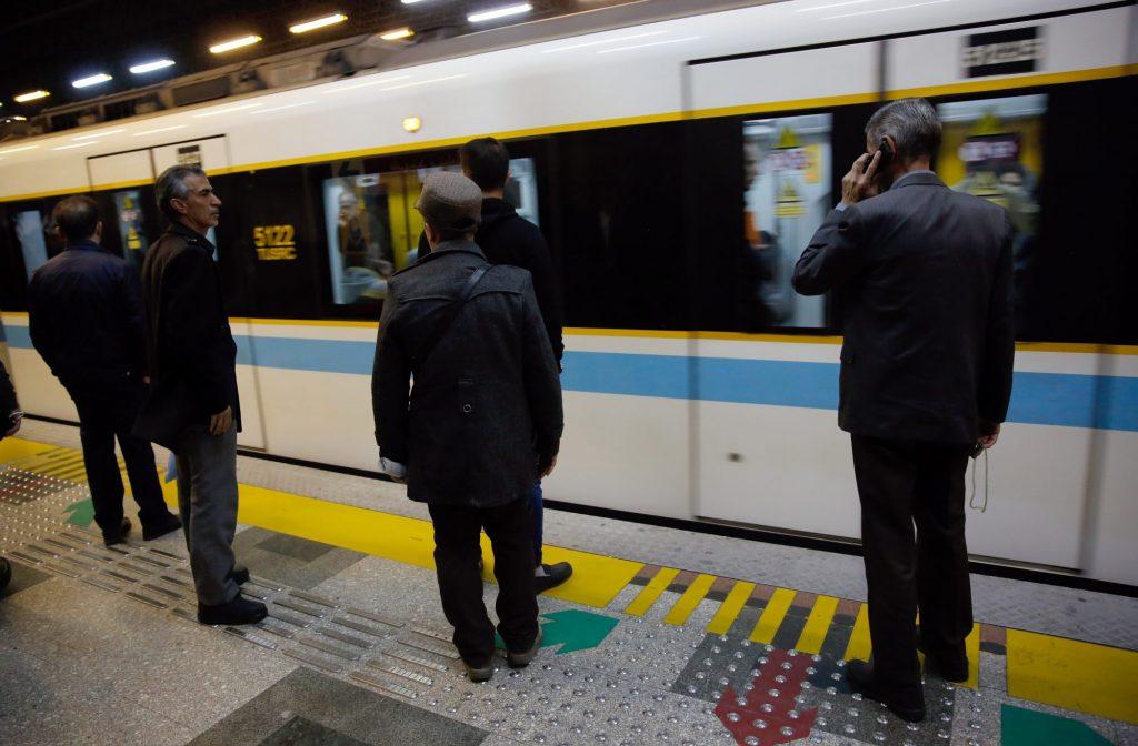 Подземна железница во Рим: Пластично шише наместо билет за превоз