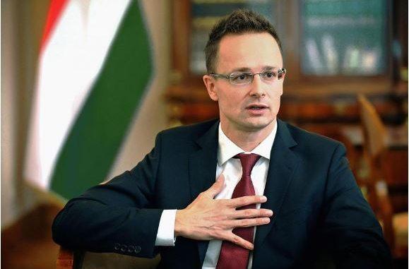СИЈАРТО: Тоа е лицемерие, западните колеги само зборуваат за проширувањето на ЕУ со Македонија и Албанија, а носат одлуки против