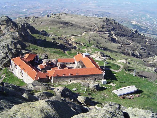 ПРЕДАНИЈА ЗА МАНАСТИРОТ: Црквата во Трескавец е градена пред сите светогорски манастири