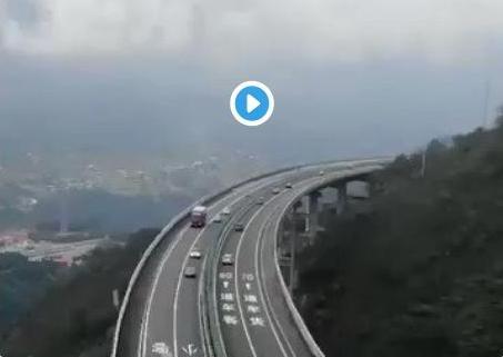 ТВИТ НА ДЕНОТ: Автопат Кина-Пакистан од 880 км за само 36 месеци, а Скопје-Штип 47 км за 60 месеци