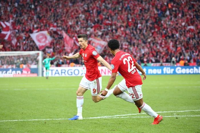 Аугзбург во 91. минута го шокираше Баерн