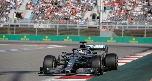 Формула 1: Хамилтон победи на автодромот во Сочи