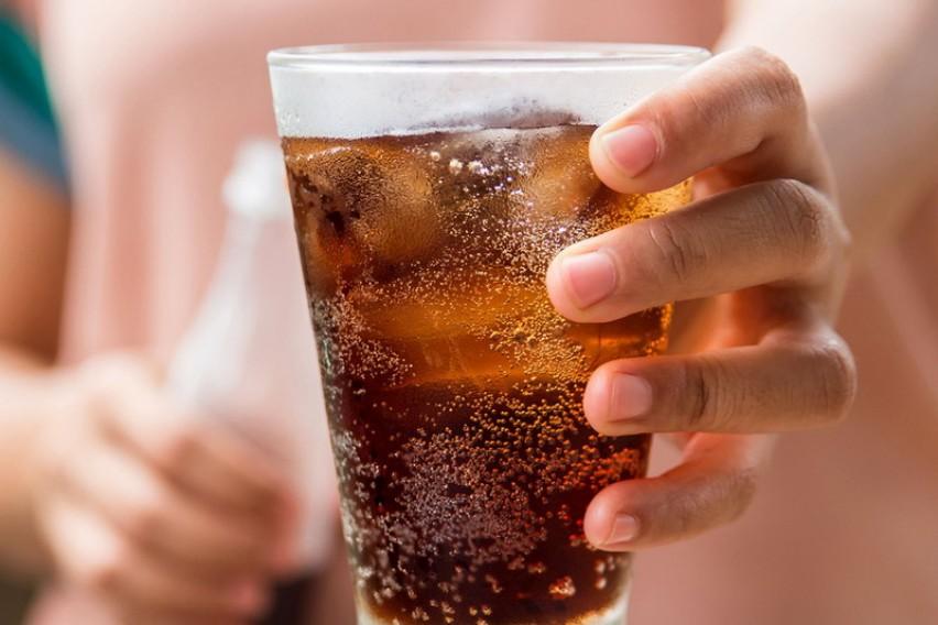 Ново истражување: Газираните сокови штетни за срцето, стомакот и за нервниот систем