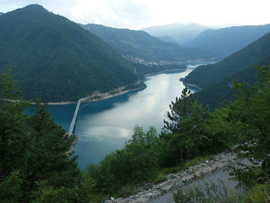 Научници пронашле потонат континент, длабоко под Балканот (ФОТО)