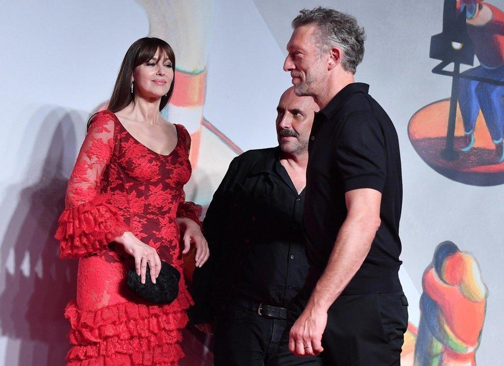 Поранешни сопружници: На фестивалот во Венеција ладно се ракуваа Моника Белучи и Винсен Касел