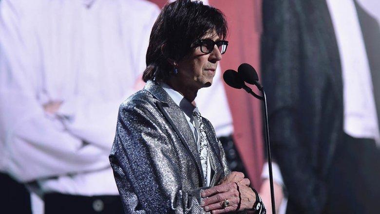 Во стан во Њујорк: Пронајден мртов рок-ѕвездата Рик Окасек