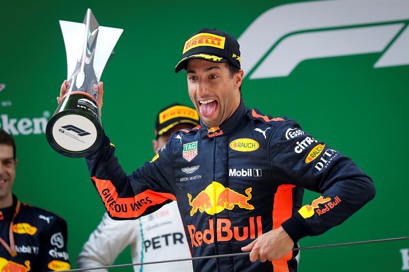 Формула 1: Пицата му помогнала на Рикиардо