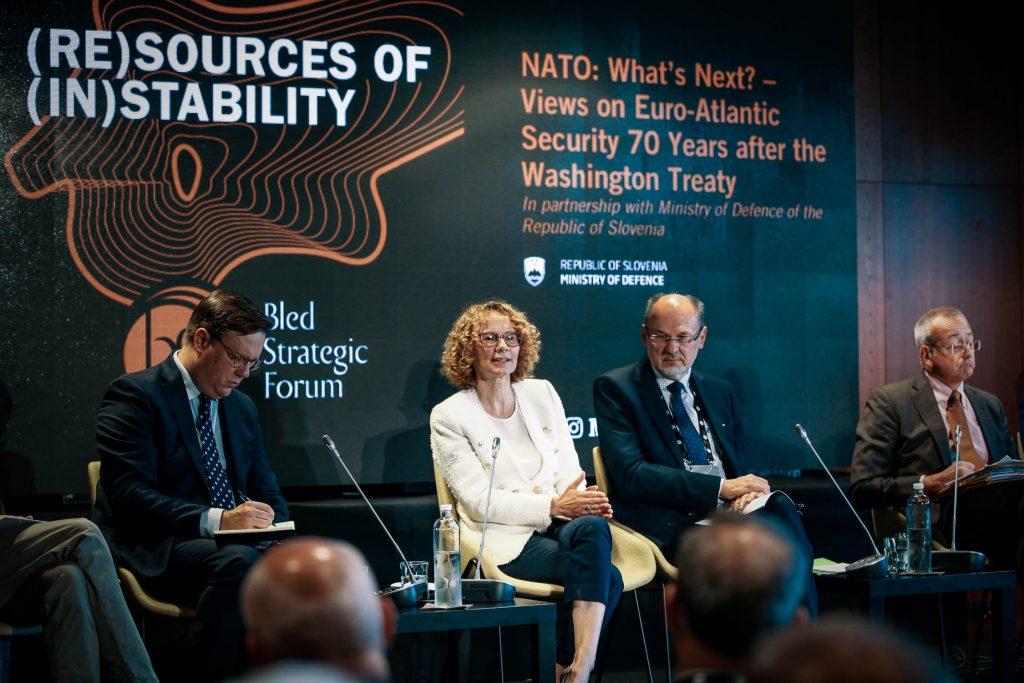 ШЕЌЕРИНСКА ВО БЛЕД: Отворивме 50.000 нови работни места и брз прогрес кон НАТО и ЕУ