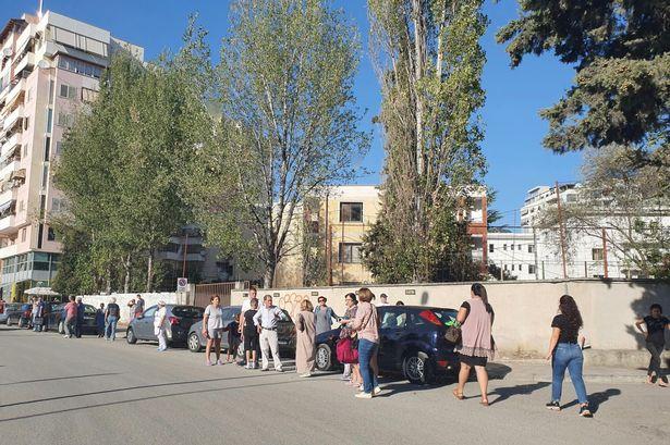 Седумдесет полесно повредени во земјотресите во Албанија