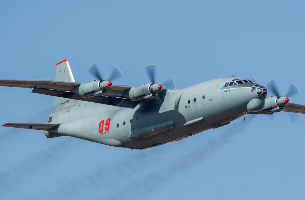 УKРАИНА: Најмалку три жртви при принудно следување на товарен Ан-12 кај Лавов