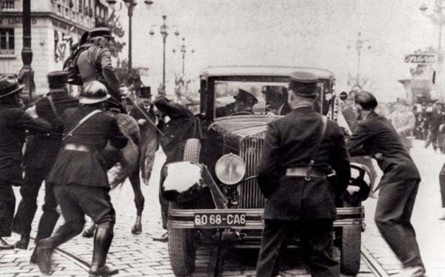 НА ДЕНЕШЕН ДЕН: Атентаторот Владо Черноземски во Марсеј од пиштол во букет го застрела југословенскиот крал Александар