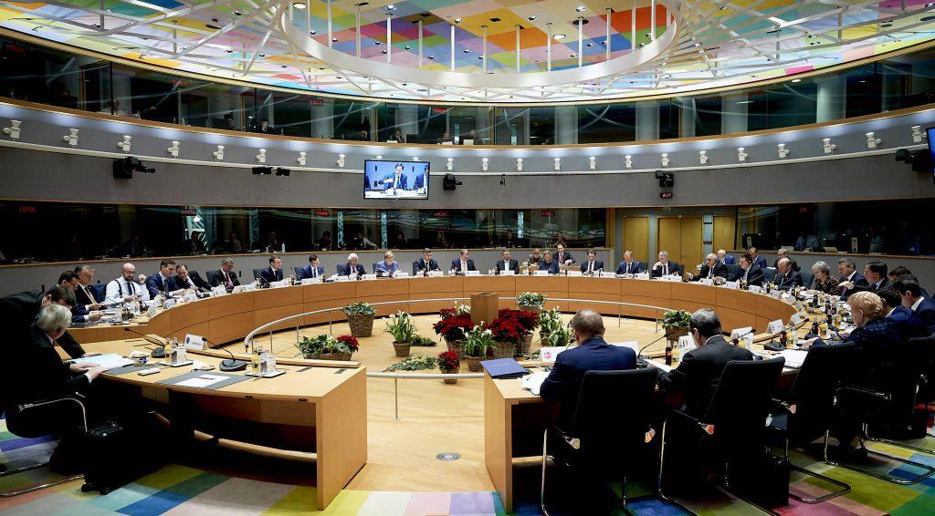 САМИТ НА ЕУ: Лидерите утрово во 2 часот се разотидоа без договор за Скопје и за Тирана, а денеска главна тема се климатските промени