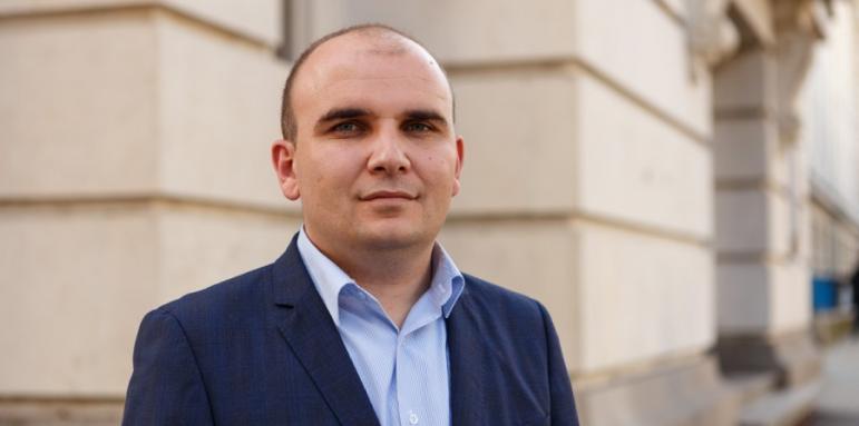 НА МЕСТОТО НА ВАЈГЛ: Илхан Кјучјук од Бугарија ќе биде новиот известувач на ЕП за Македонија