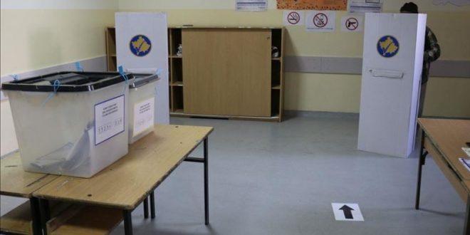 СЛАБ ОДЅИВ НА ИЗБОРИТЕ НА КОСОВО: До 15 часот гласале само 29 отсто од гласачите