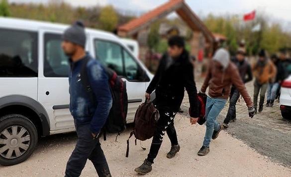 Грција: Мицотакис бара солидарност за мигрантите