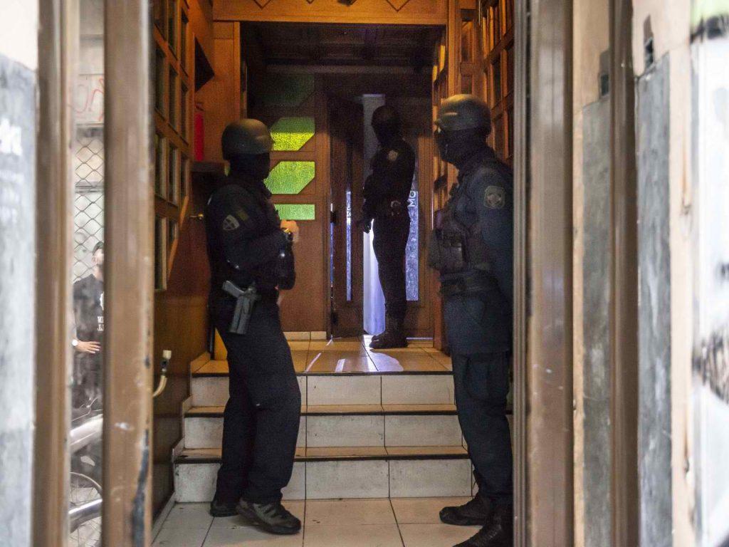 Атина: Полицијата во центарот ослободи уште два објекти запоседнати од мигранти