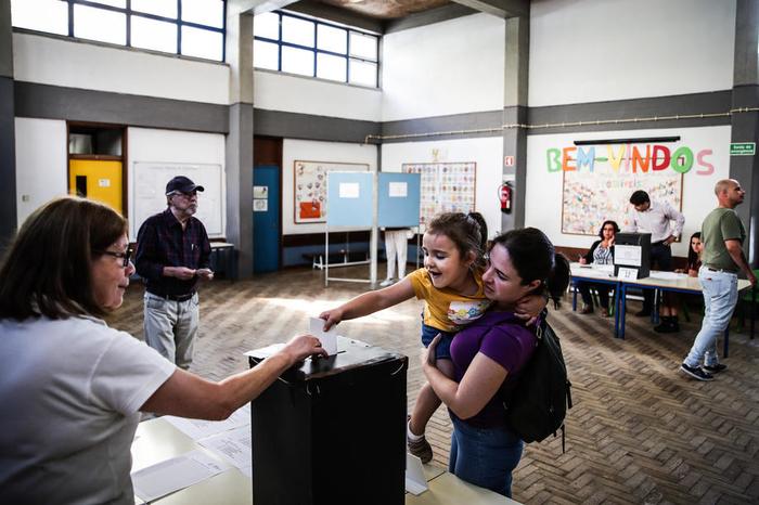 Парламентарни избори во Португалија: Социјалистите очекуваат нова победа
