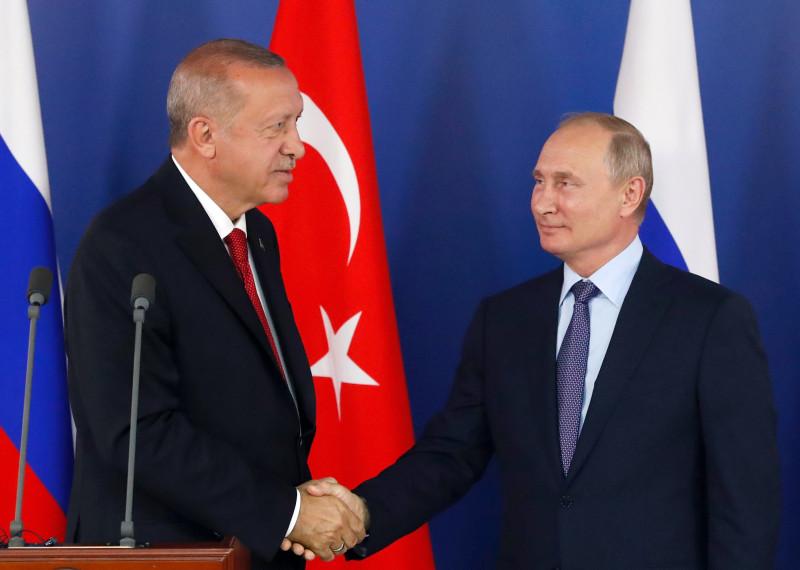Ердоган детално му ги објаснил на Путин целите на операцијата во Сирија