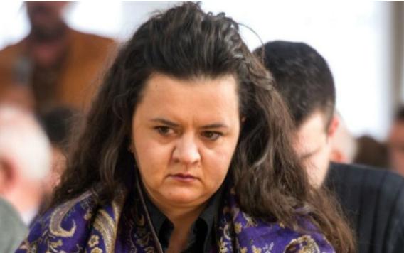РЕМЕНСКИ: Невина сум и не сум лута на Заев