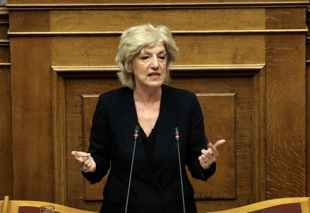 Анагностопулу: С. Македонија не смее да биде казнета од ЕУ поради Албанија