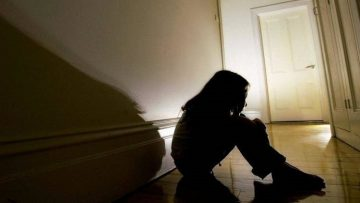 Силувана малолетна девојка