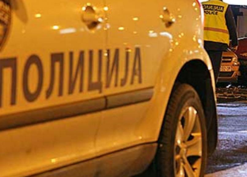 Автомобил се заби во камион кај Виница: Двајца тешко повредени