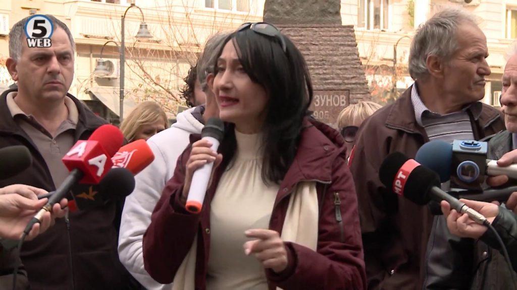 ГЛИГОРОВА НА ПРОТЕСТ: Извршителите прават дела против граѓаните кои се рамни на геноцид