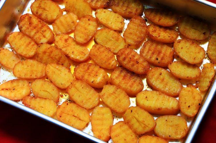Со малку пари направете ги печените компири крцкави и вкусни