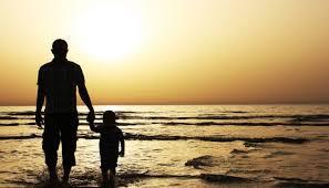 ИЗБОР НА НАЈТАТКО ВО ФИНСКА: Меѓу тројцата татковци на годината, двајца се самохрани