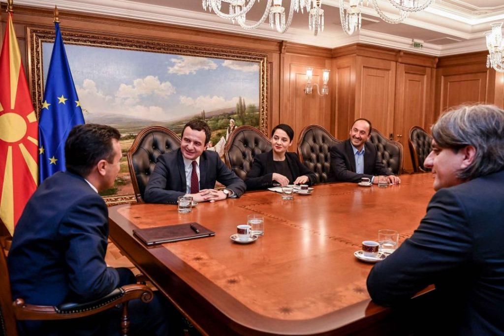 СРЕДБА ВО СКОПЈЕ: Курти кој најави спојување на Косово и Албанија, и Заев, констатирале добри односи