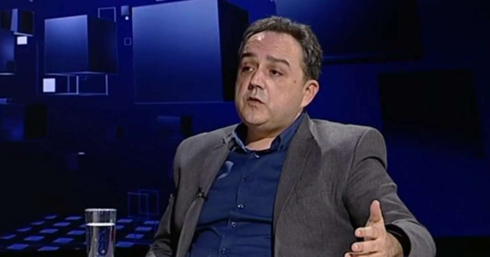 МЕНКИНОСКИ: Кога Каракачанов ми се заканува мене, адвокат од друга земја, што остана за тие што живеат во Бугарија!