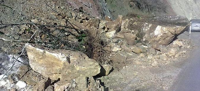 Расчистен одронот: Нормализиран сообраќајот на патот Маврово – Дебар