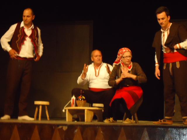 """НА ДЕНЕШЕН ДЕН: Во скопскиот театар во 1938 година првпат на македонски била изведена драмата """"Парите се отепувачка"""" од Ристо Крле"""