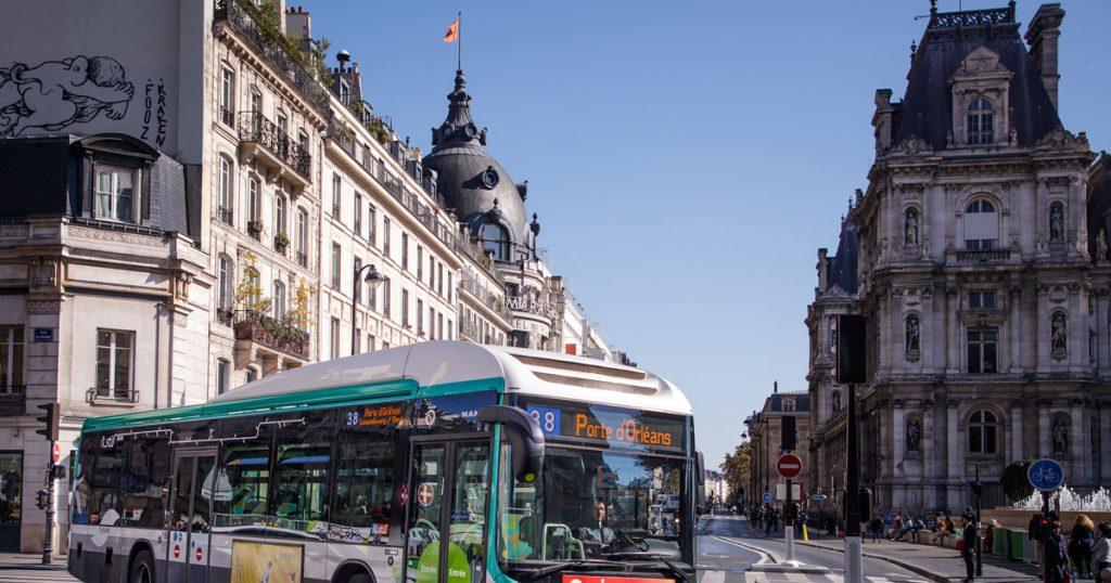 ВО ФРАНЦИЈА: Градоначалникот на Грел им забрани на жителите да умираат во викенд и празник