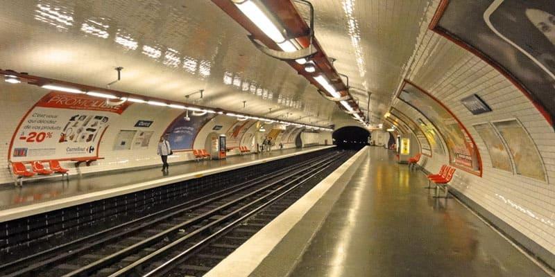 ШТРАЈК ПОРАДИ ПЕНЗИСКИТЕ РЕФОРМИ: Париз тотално парализиран